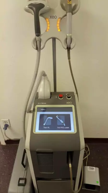 Cutera Xeo Laser Genesis Sale Or Rent Medlaser Pre Owned Aesthetic Devices Marketplace Australia